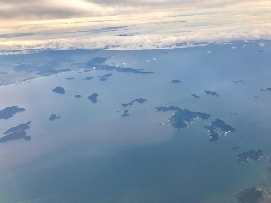 羽田ー岩国  ANA631便 空からの風景 ねこ島(佐柳島)