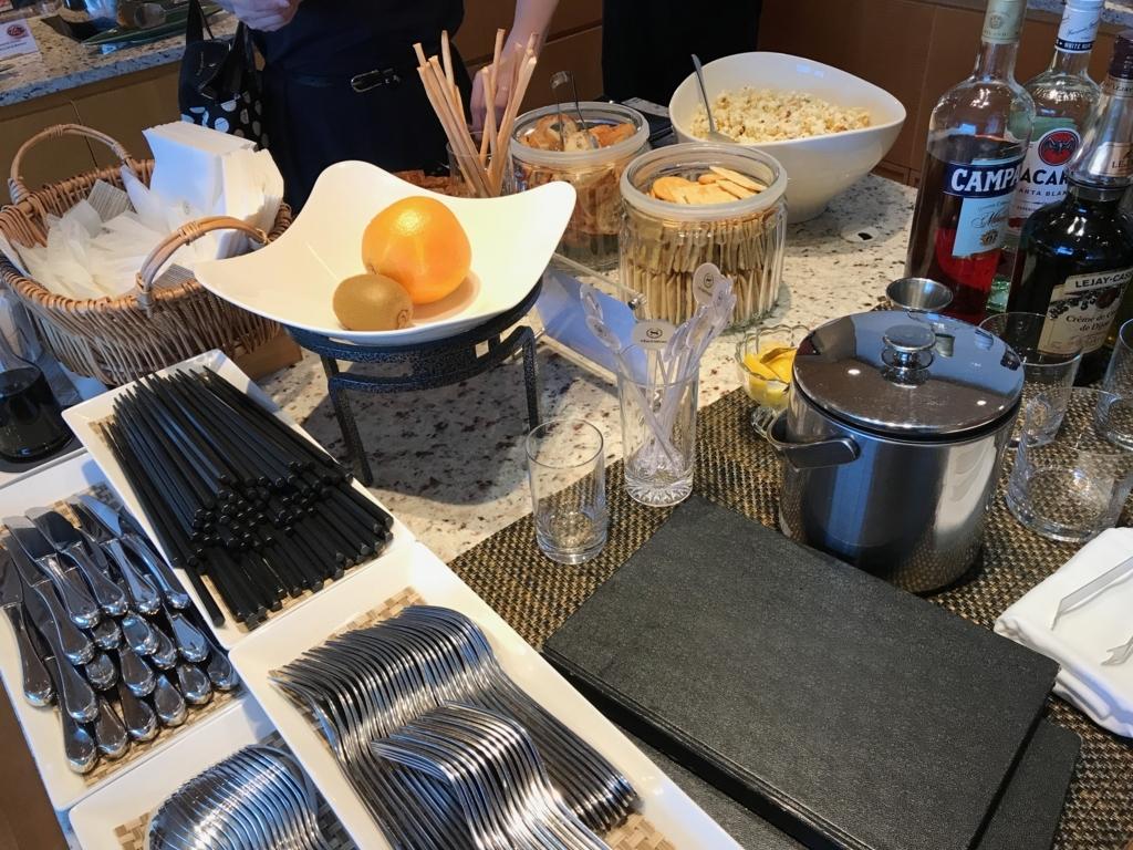 「シェラトングランドホテル広島」クラブラウンジ ハッピーアワー 果物類