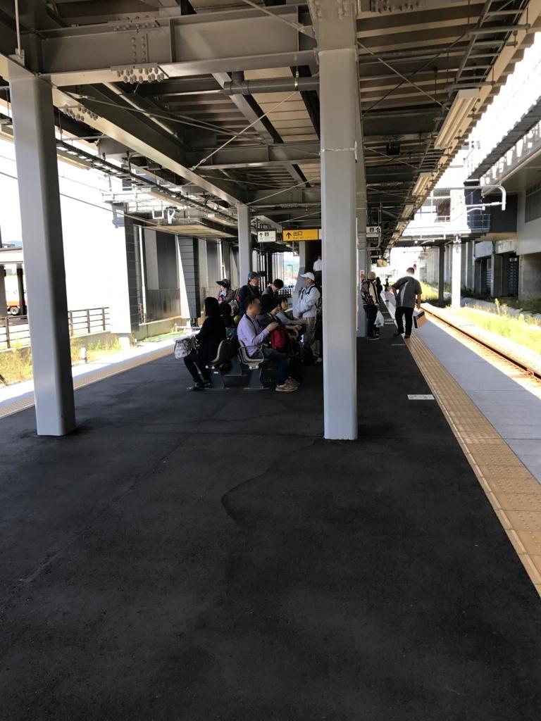 えちごトキめき鉄道 上越妙高駅 「雪月花」入線