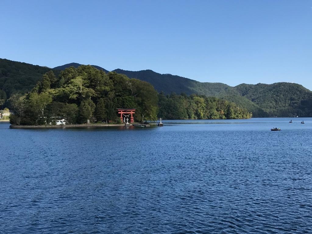 2017年9月 野尻湖 遊覧船「雅」琵琶島(弁天島)横通過