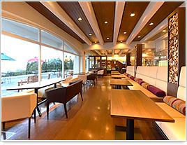 妙高高原 赤倉温泉 「赤倉観光ホテル」カフェテラス by www.akr-hotel.com