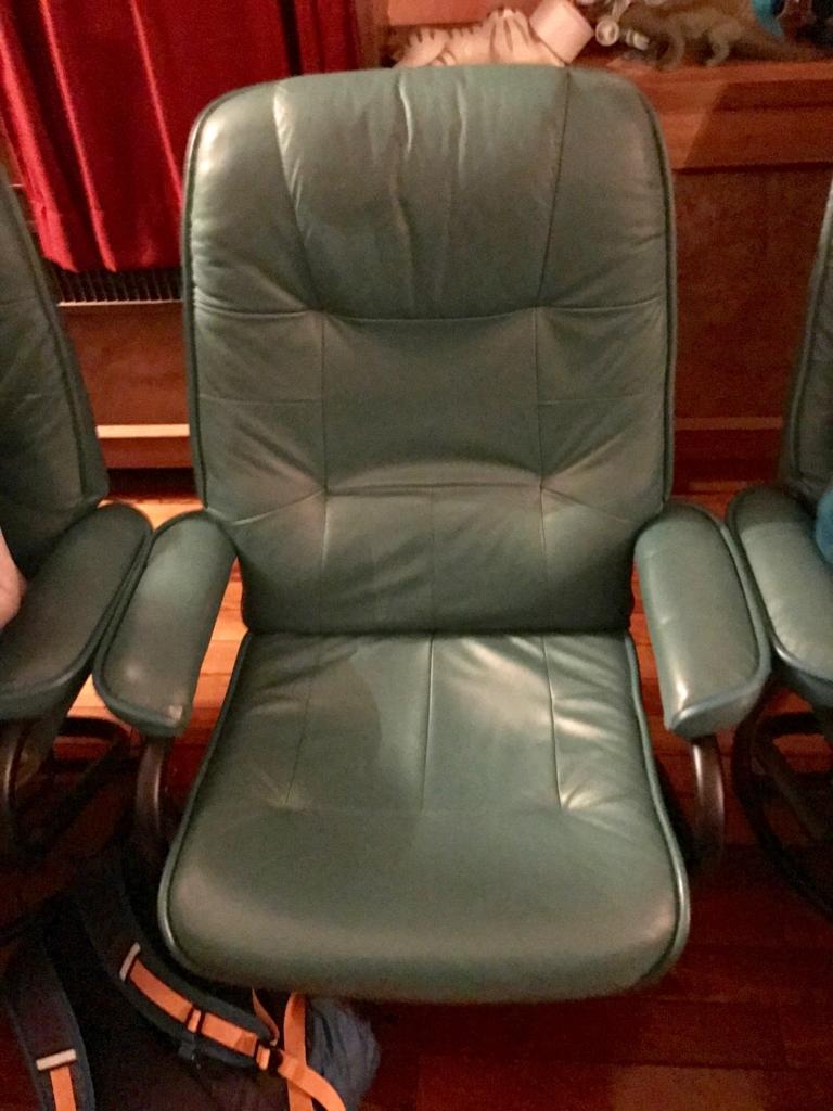 葛飾区 證願寺 「プラネターリウム銀河座」 投影室 リクライニング椅