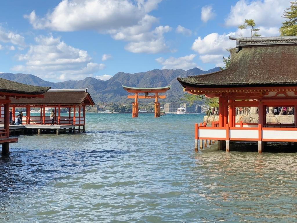 広島県宮島 厳島神社 満潮時の 枡形