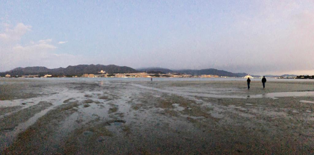 広島県宮島 厳島神社 干潮60cm 干潮後5分後 大鳥居を背に本土側撮影