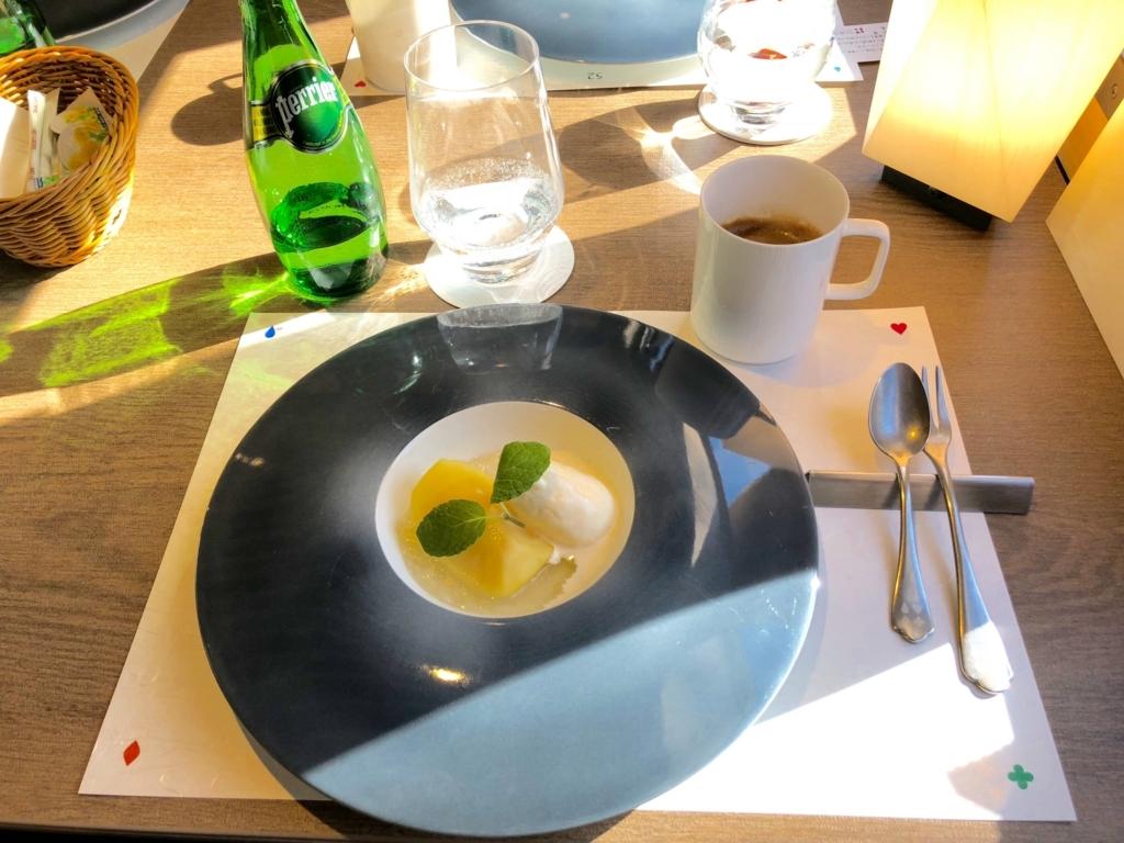 西武鉄道『西武 旅するレストラン「52席の至福」』12月ブランチコース デザート
