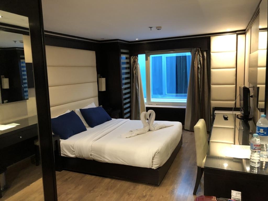 エジプト ナイル川クルーズ船 MS/PREMIUM 3階客室 停泊中