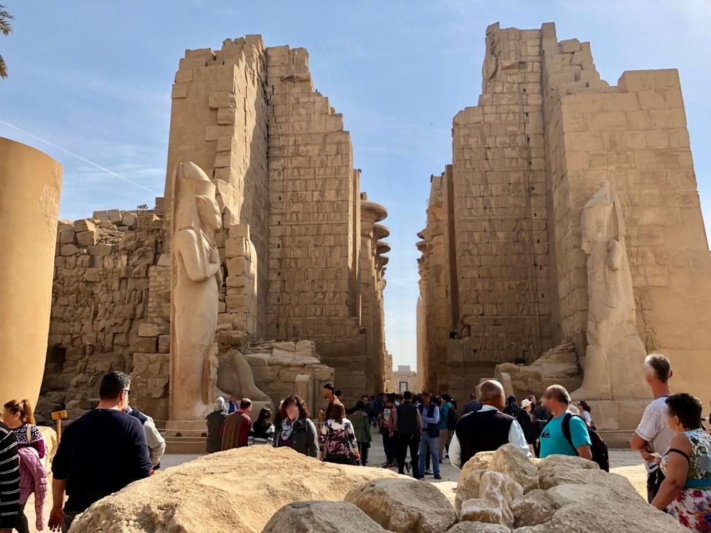 エジプト ルクソール カルナック神殿複合体 アメン神殿 の第二塔門