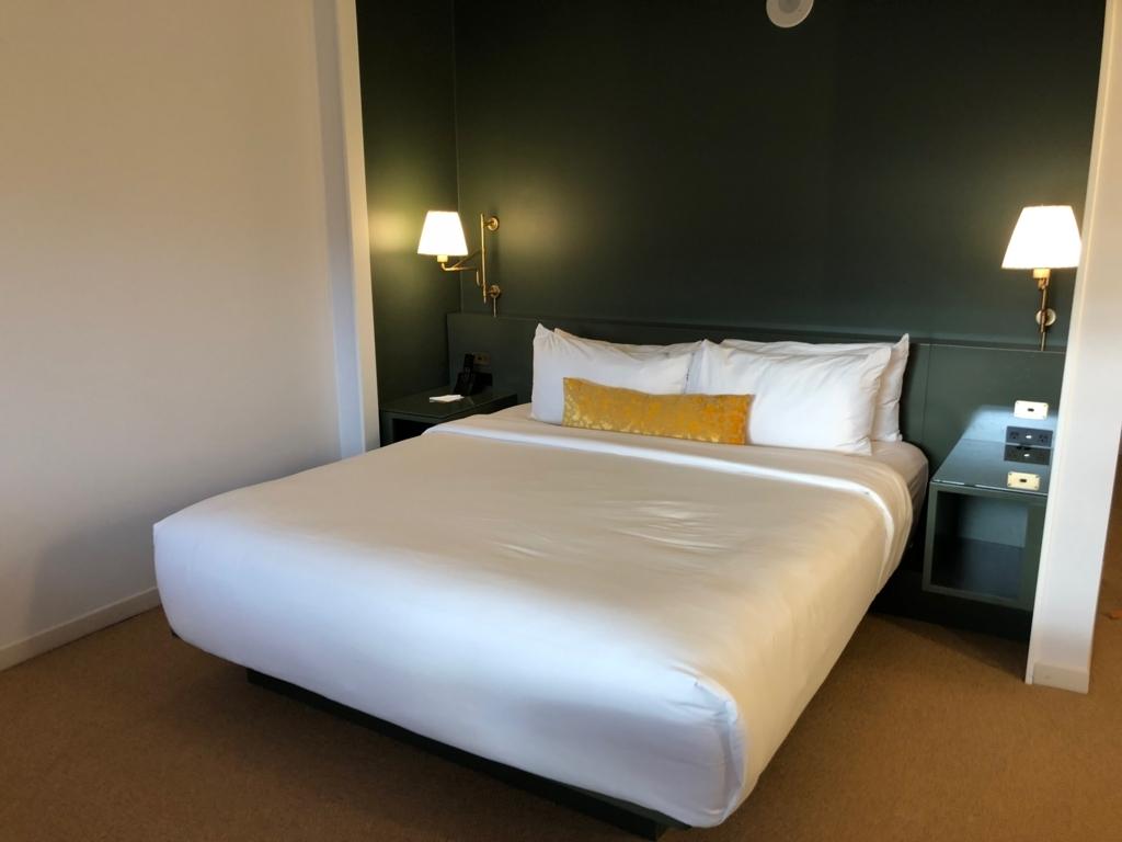 2018年2月 ラスベガス モンテカルロホテル 客室 ベッド