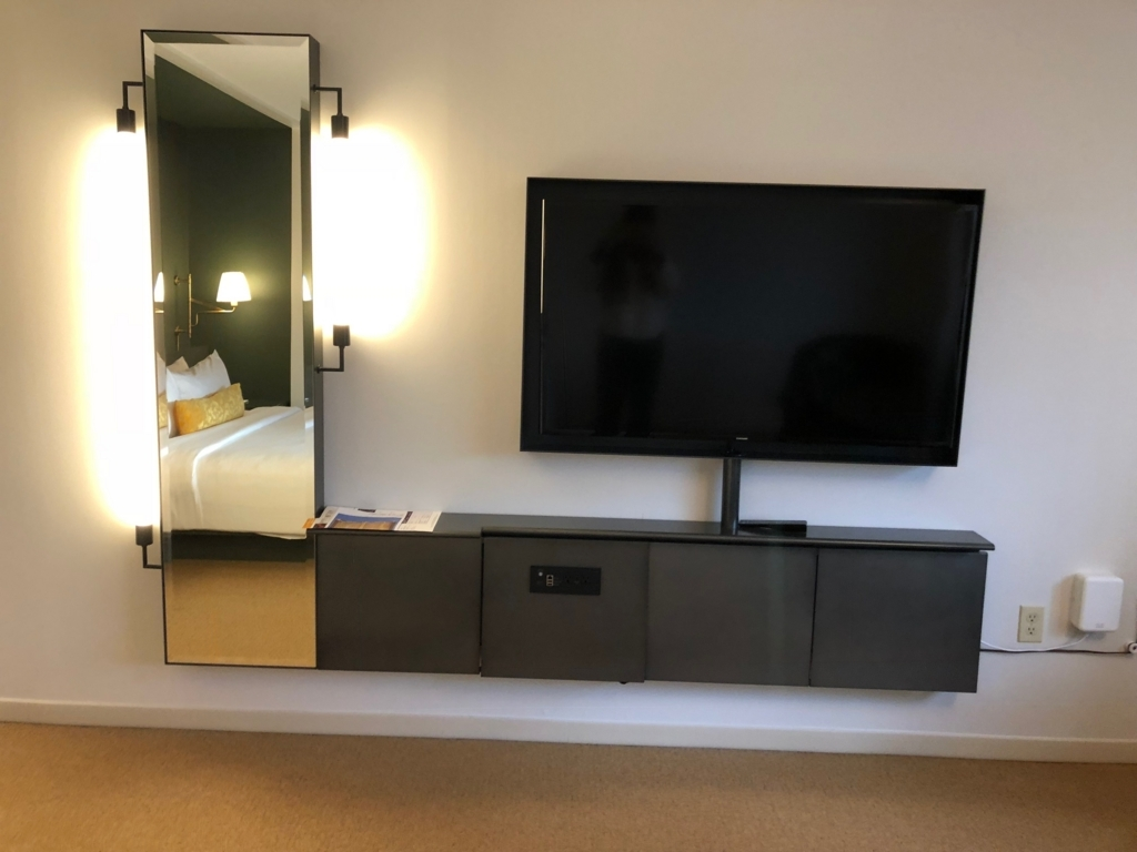 2018年2月 ラスベガス モンテカルロホテル 客室 テレビ