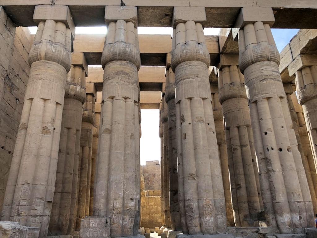 エジプト ルクソール東岸 ルクソール神殿 太陽の中庭