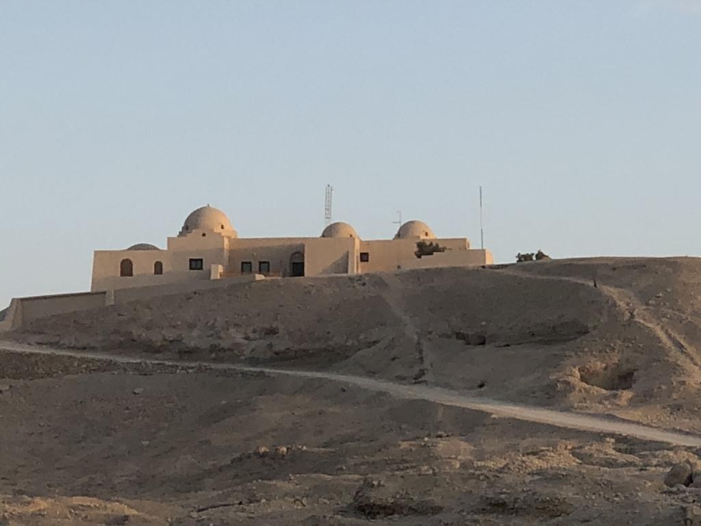 エジプト ルクソール 西岸 ワセダハウス