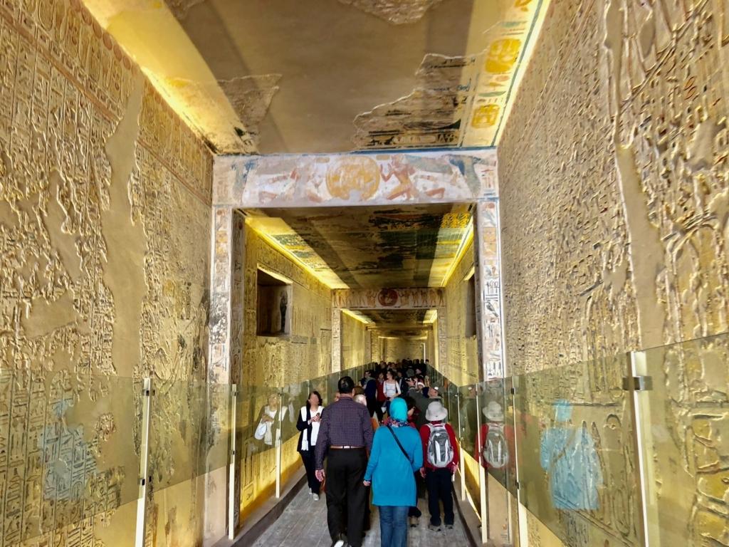 エジプト ルクソール 「王家の谷」ラムセス9世 王墓 通路