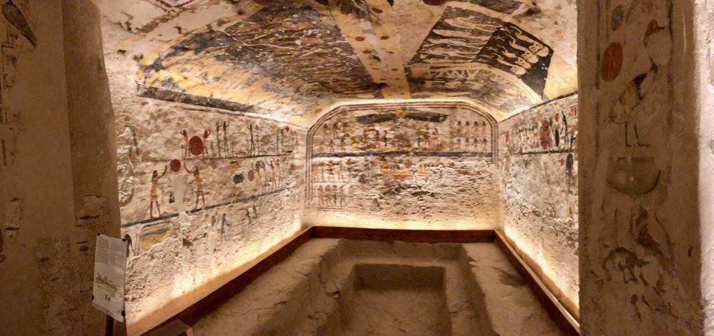 エジプト ルクソール 「王家の谷」ラムセス9世 王墓 玄室