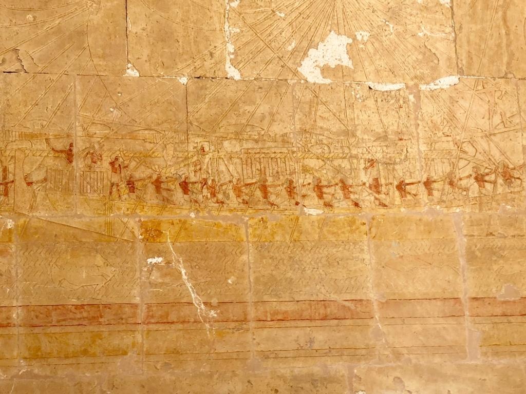 エジプト ルクソール ハトシェプスト女王葬祭殿 2階 レリーフ 航海の様子