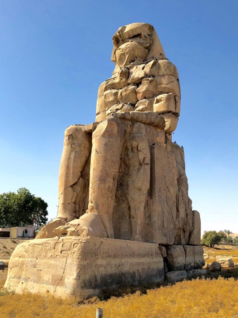 エジプト ルクソール西岸 「メムノンの巨像」右側像