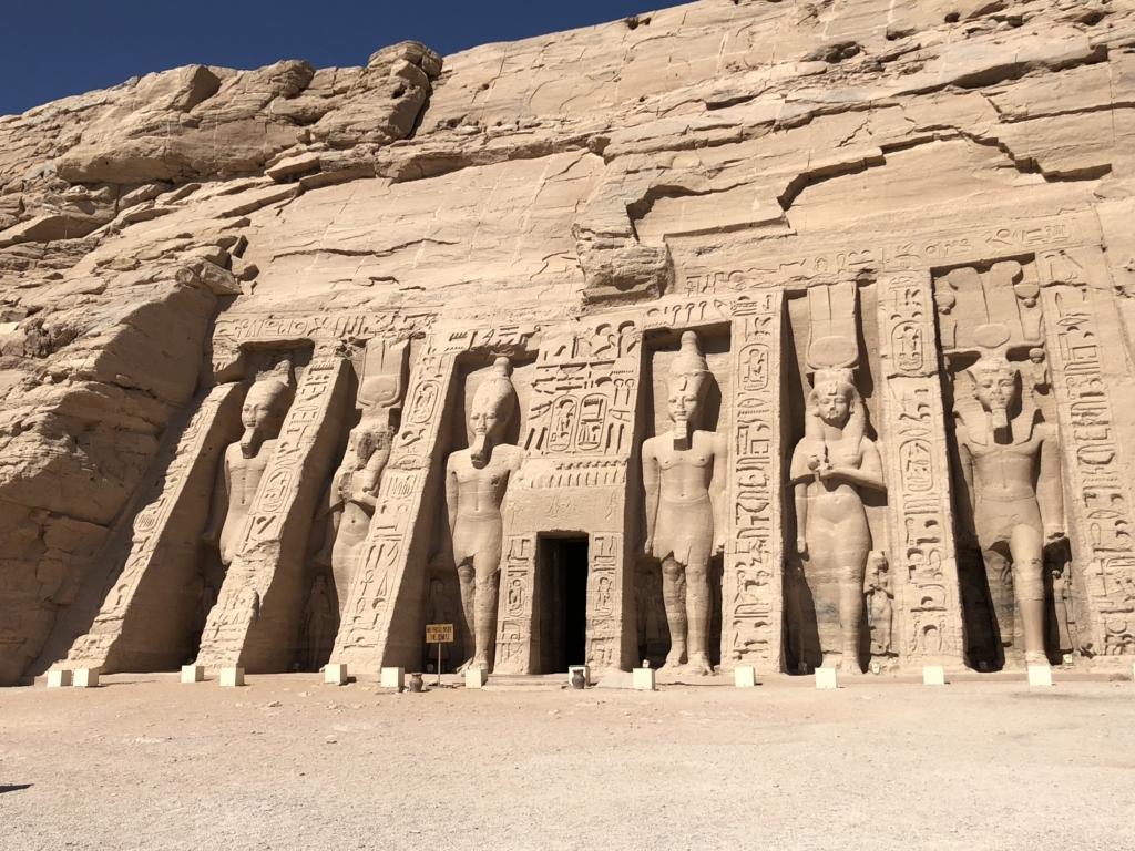 エジプト アスワン アブ・シンベル小神殿