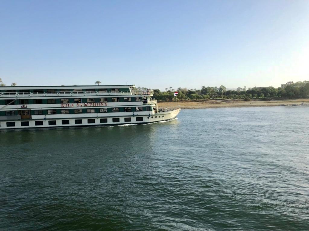 エジプト ナイル川 クルーズ中