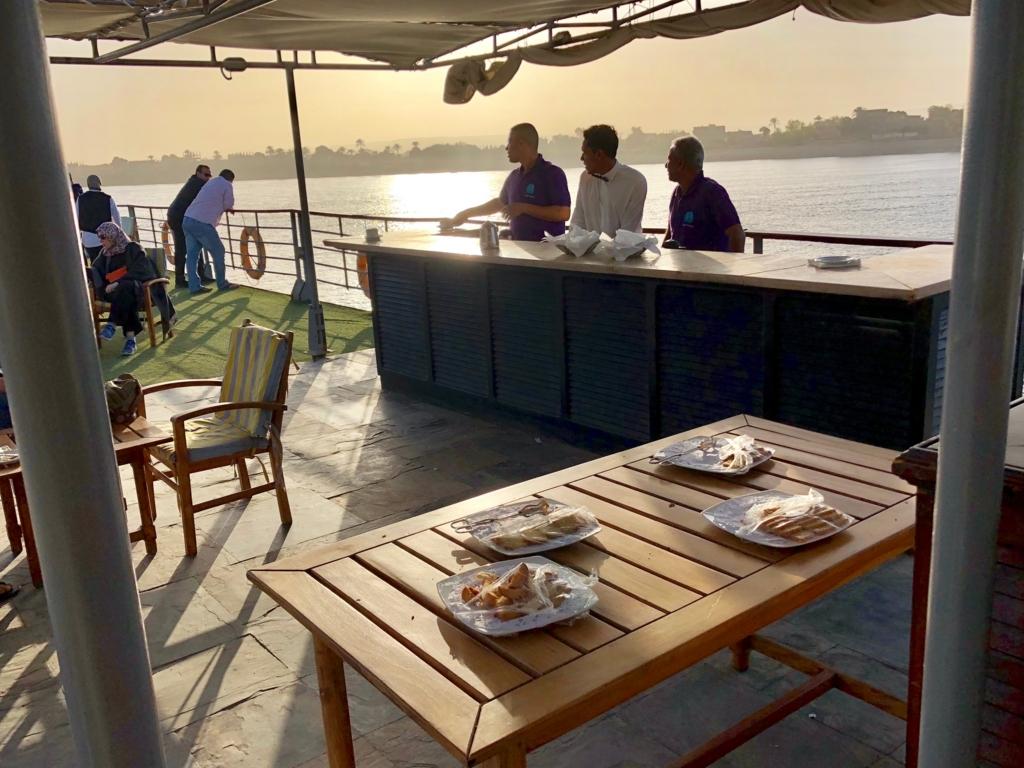 エジプト ナイル川 クルーズ船 MS/PREMIUM ティータイム