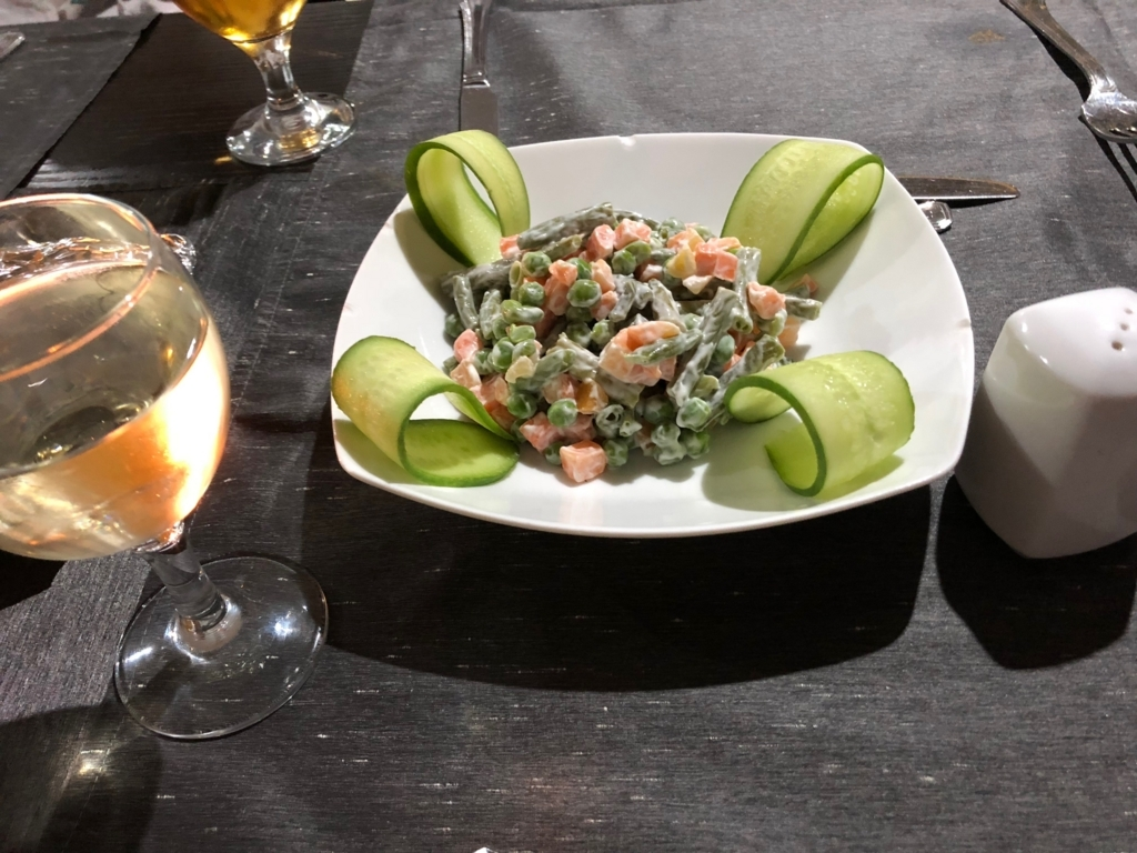エジプト ナイル川クルーズ船 MS/PREMIUM 2日目夕食 コース料理 サラダ