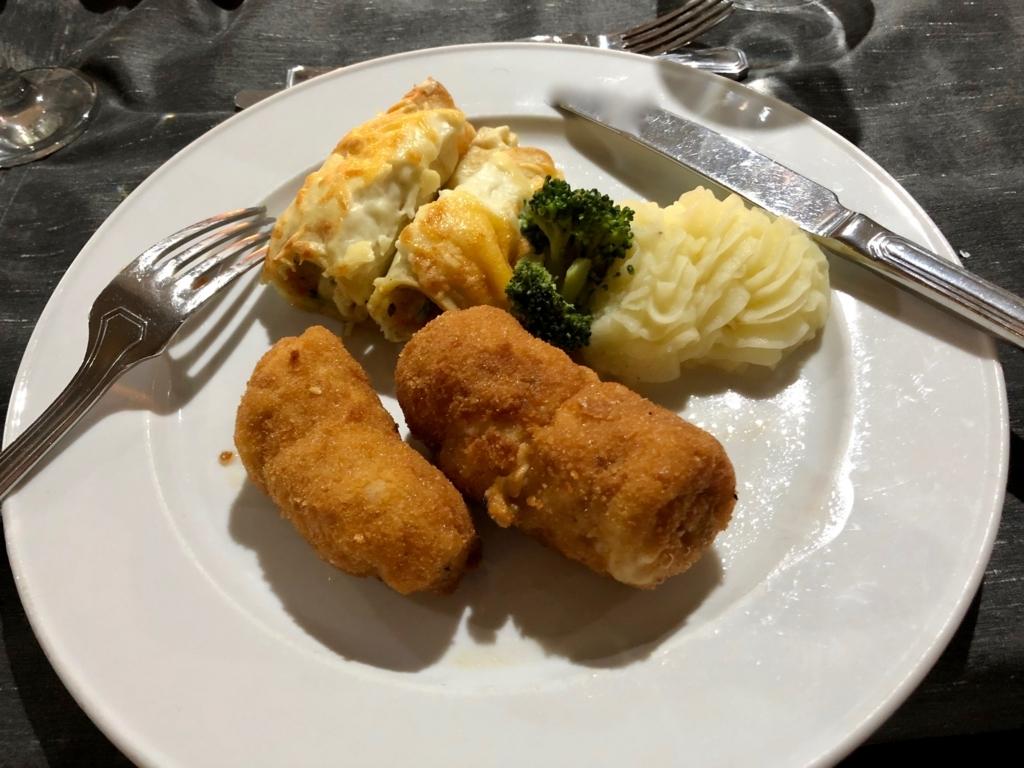 エジプト ナイル川クルーズ船 MS/PREMIUM 2日目夕食 コース料理 メイン 肉料理