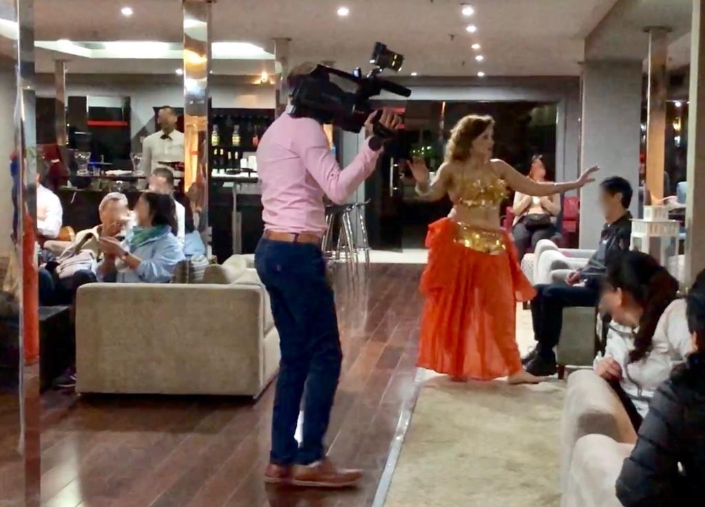 エジプト ナイル川クルーズ船 MS/PREMIUM ガラベーヤパーティー スタッフ ビデオ撮影