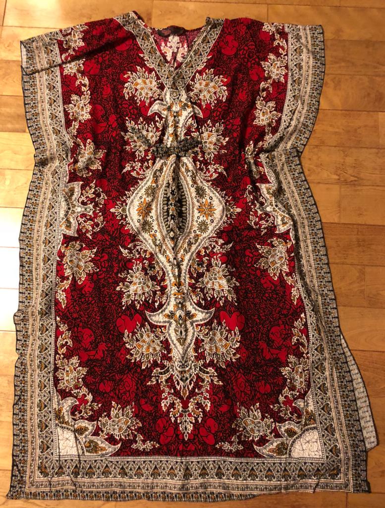 エジプト 日本で購入 「ガラベーヤ」 バサっとかぶる形