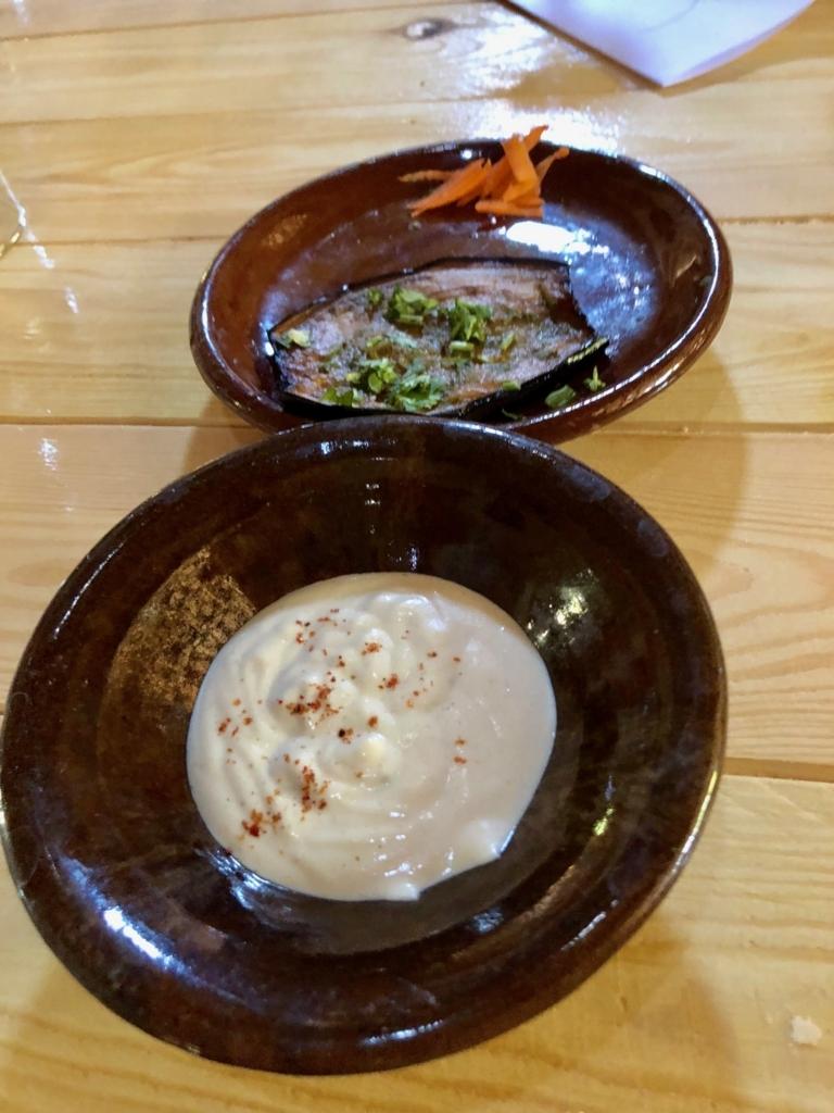 エジプト ナセル湖畔 「Eskaleh Nubian Ecolodge」 レストラン 「タヒーナ」と茄子
