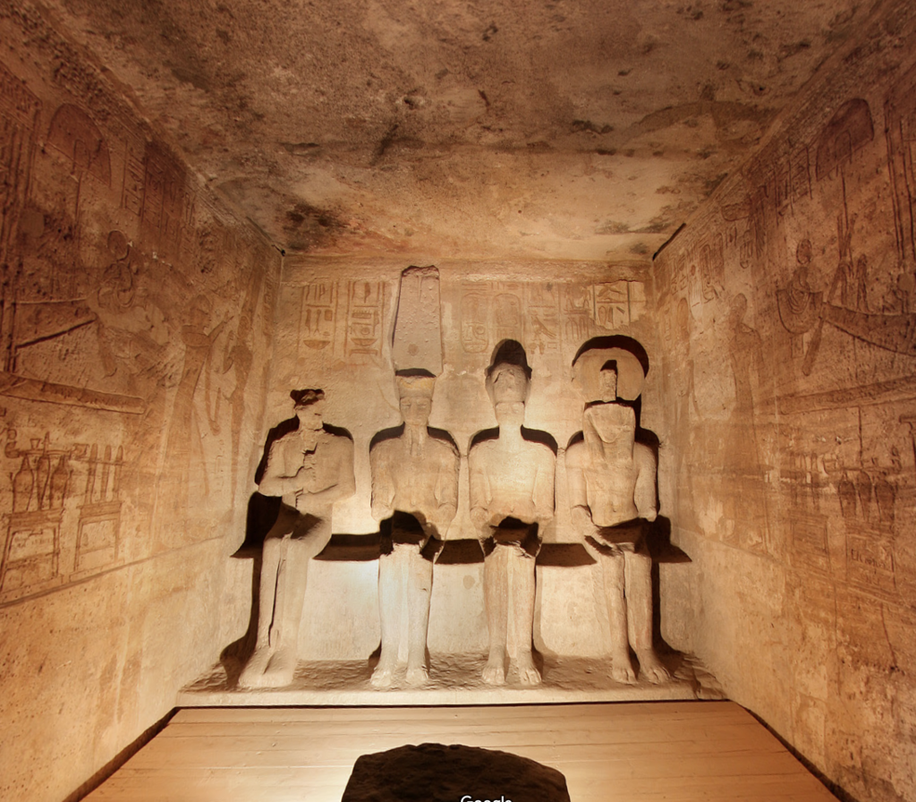 エジプト 南部 アブシンベル神殿 大神殿内 至聖所 4体の坐像 by www.google.co.jp