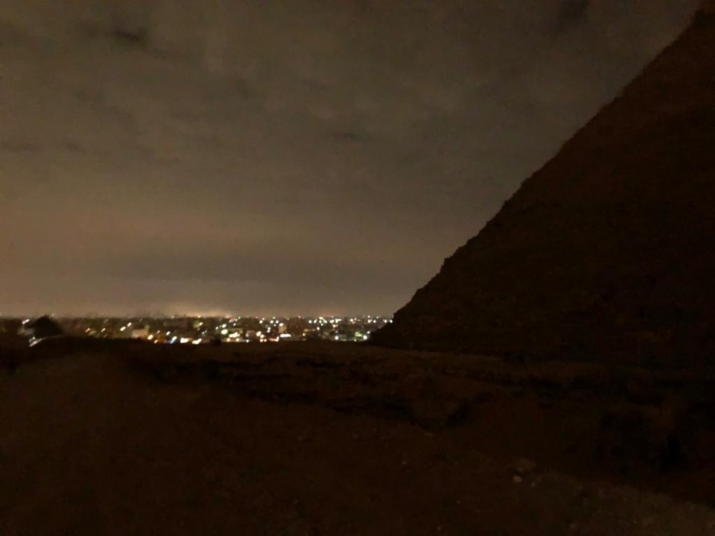 エジプト ギザ 夜明け前 クフ王のピラミッド