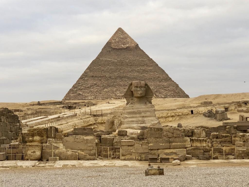 エジプト ギザ 3大ピラミッド 開場前 朝日鑑賞帰り道 誰もいない大スフィンクス前