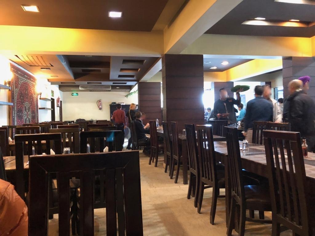 エジプト ギザ 「Sun Z Restaurant and Lounge」店内