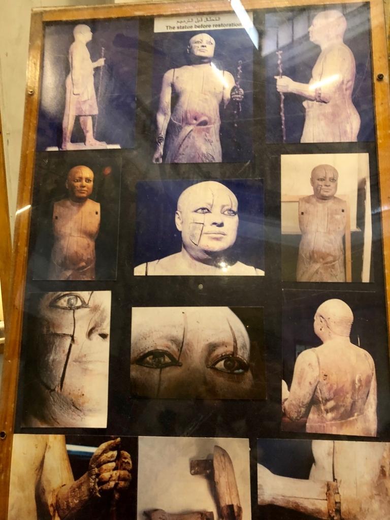 エジプト カイロ「エジプト考古学博物館」1階年代別エリア 神官カーアペルの像(村長の像)説明図
