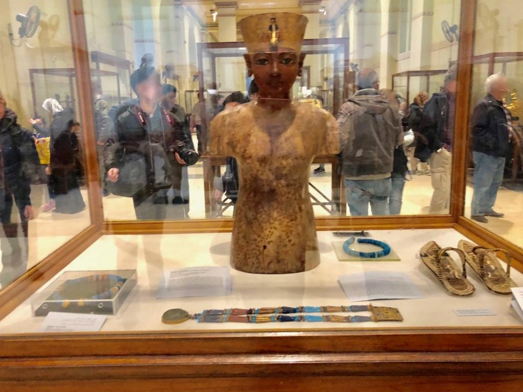 エジプト カイロ 「エジプト考古学博物館」ツタンカーメン マネキン