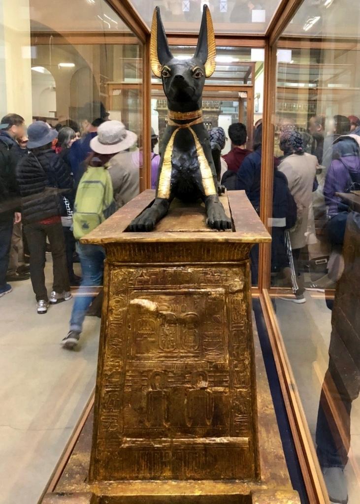 エジプト カイロ 「エジプト考古学博物館」ツタンカーメン アヌビス神の厨子