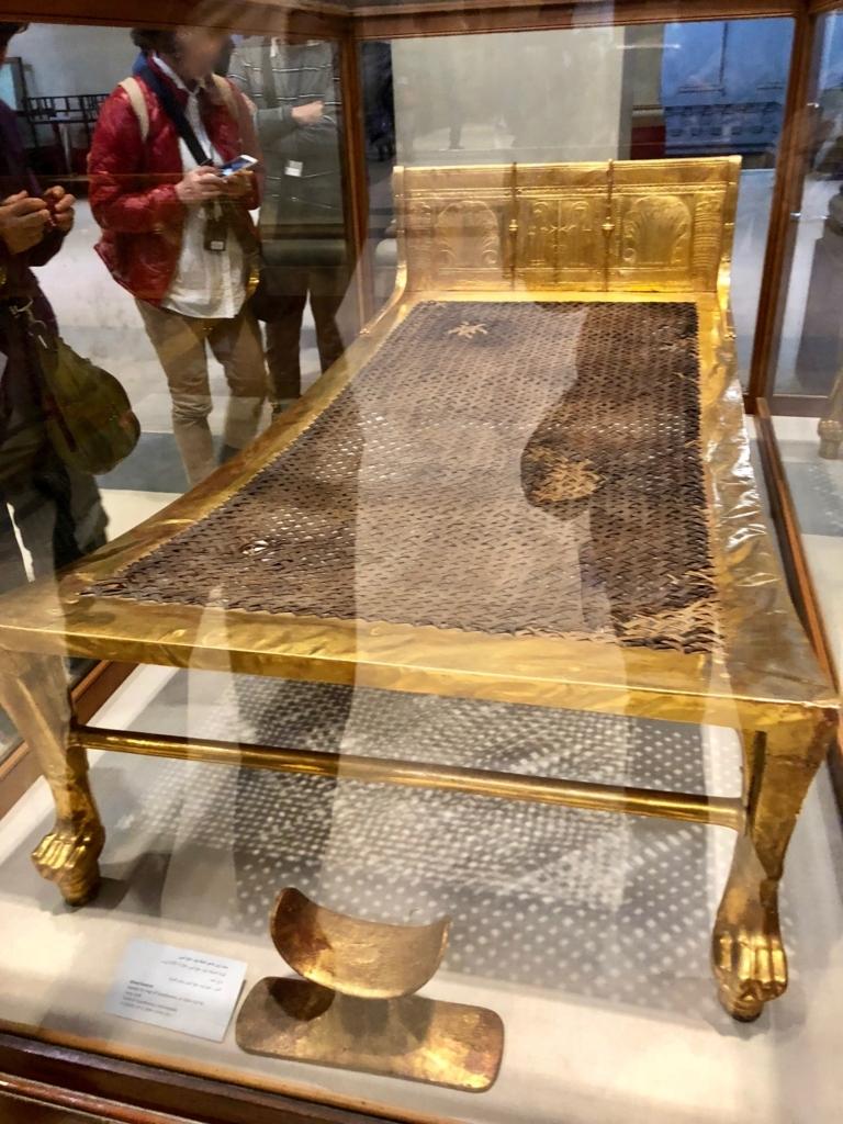 エジプト カイロ 「エジプト考古学博物館」ツタンカーメン 黄金のベッド