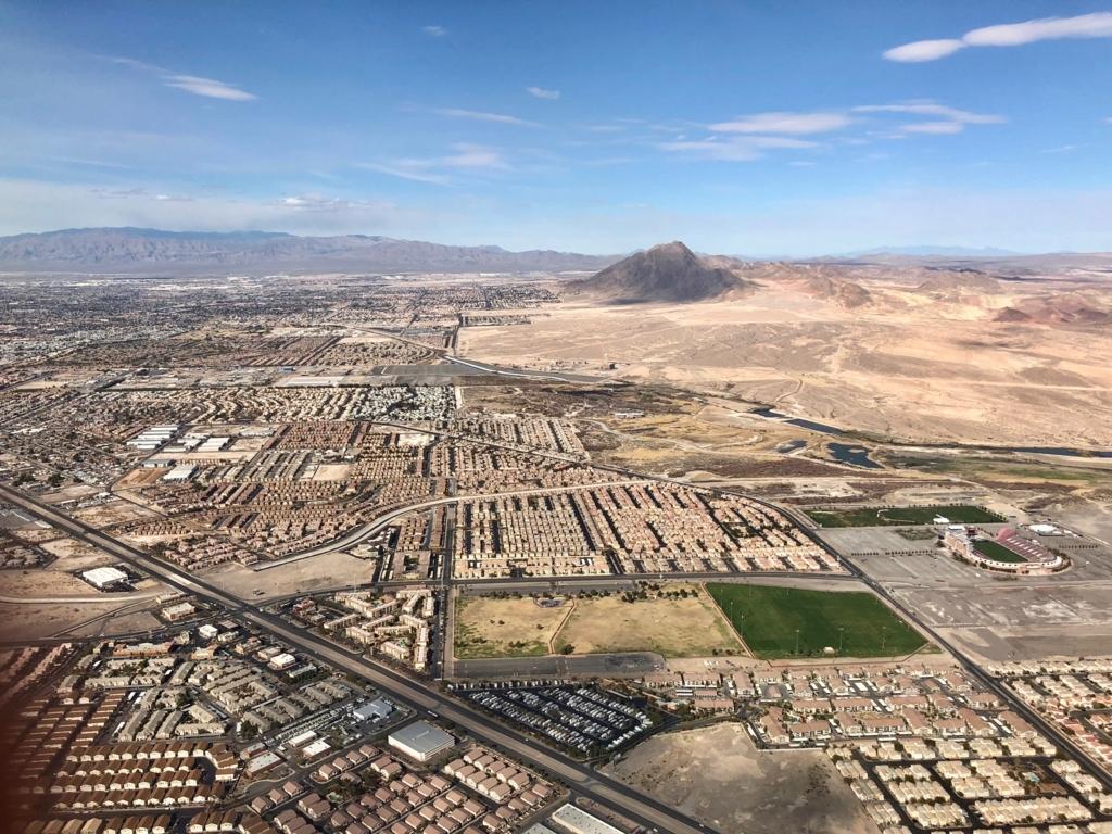 2018年2月 ロサンゼルス-ラスベガス UA1220便から ラスベガス付近 上空写真