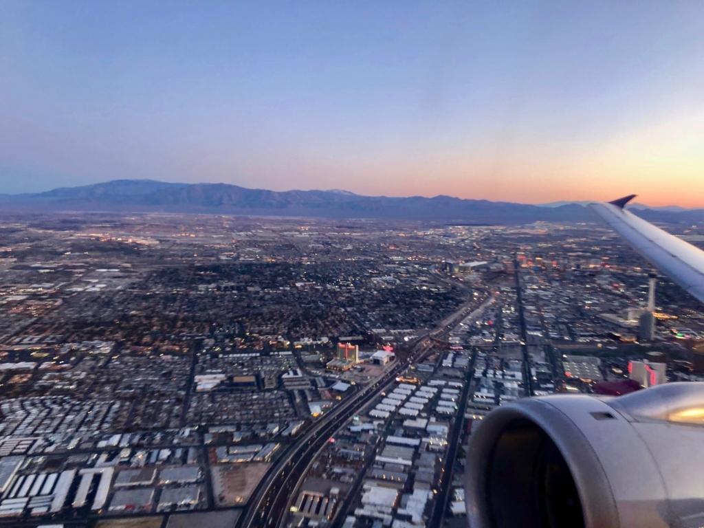 2018年2月 ラスベガス-ロサンゼルス 5:50発 朝焼け