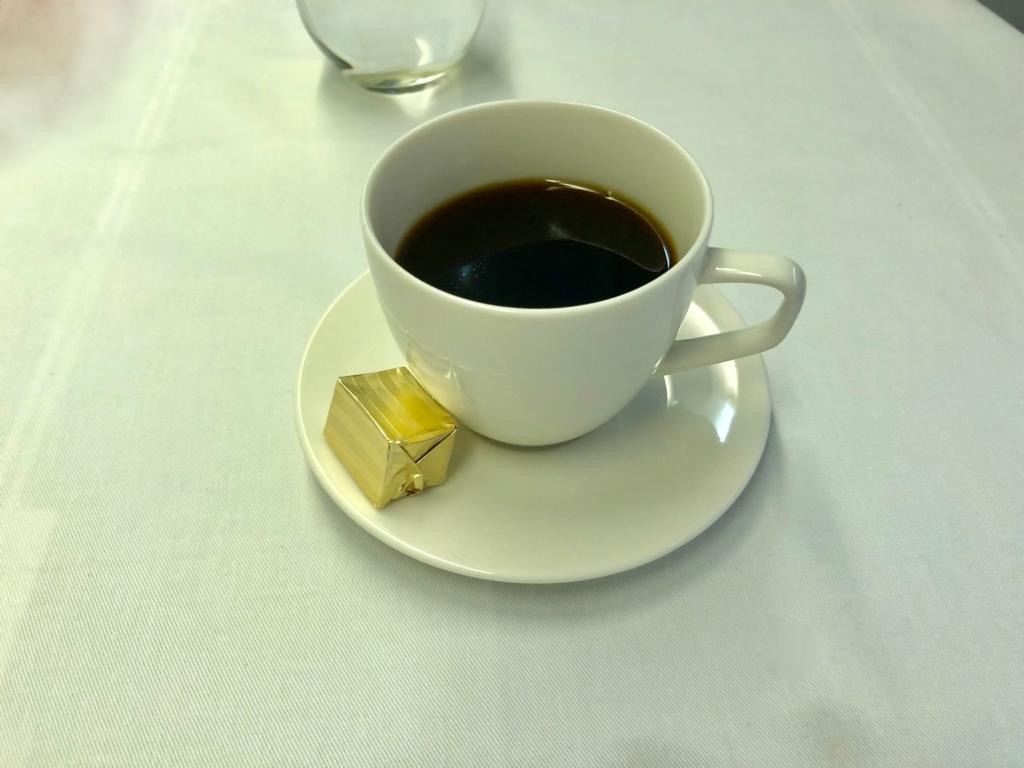 2018年2月 ロサンゼルス-成田 NH175便 機内食1回目 食後のコーヒー