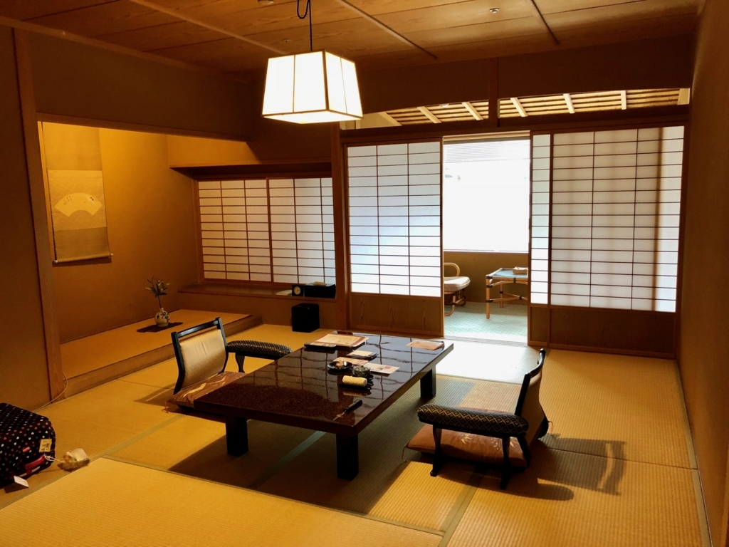 愛媛県 道後温泉 「大和屋本店」スタンダード和室 に宿泊