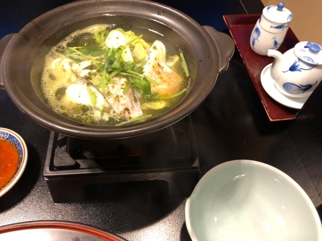 愛媛県 道後温泉 「大和屋本店」和食レストラン 「松風」夕食 鍋物