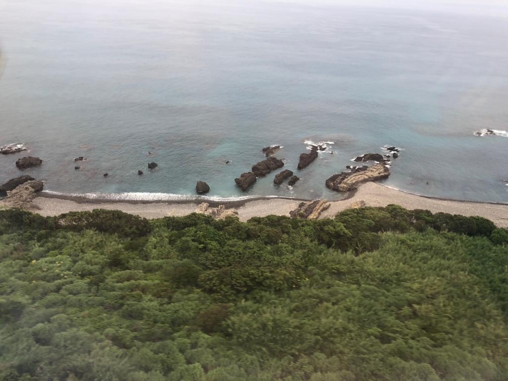 2018年5月 屋久島空港 着陸前 海沿いを飛行