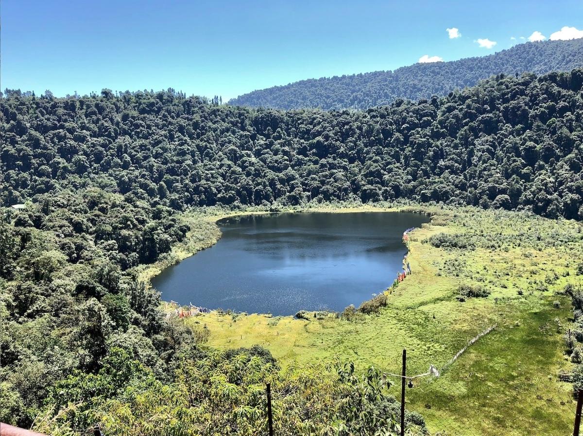 2018年9月 インド・シッキム 聖なる湖「ケチュパリ湖」