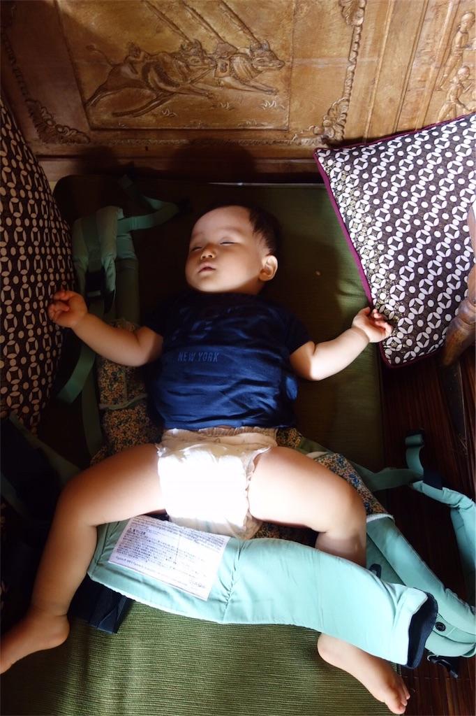 ウブド市場 ランチ レストラン 赤ちゃん