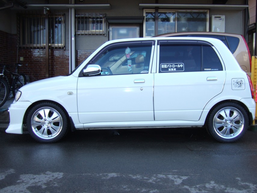 現在の私の車 (ダイハツ ミラ L700S)