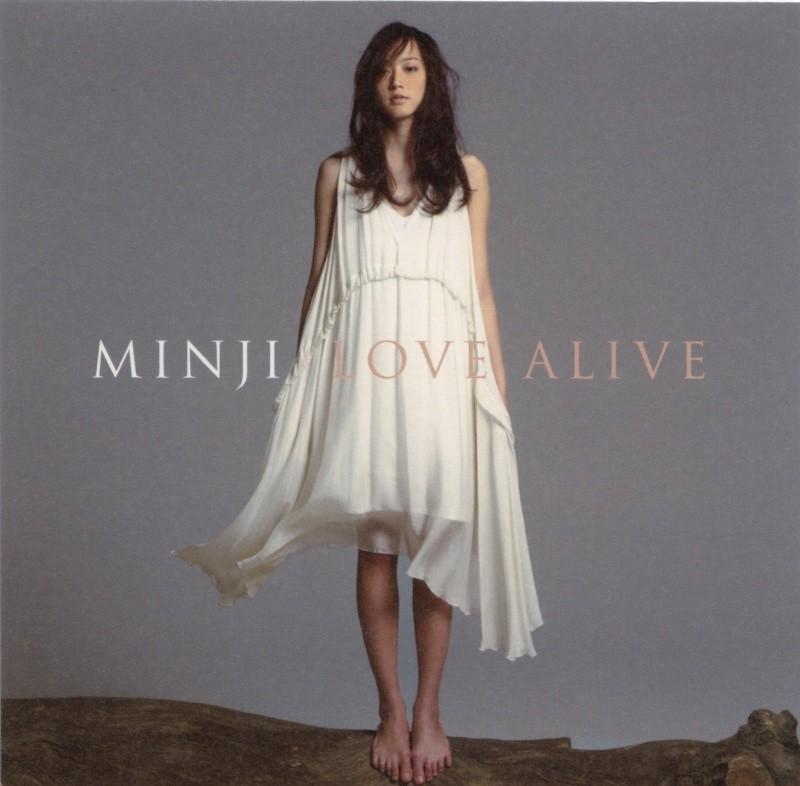 CD「LOVE ALIVE/MINJI」