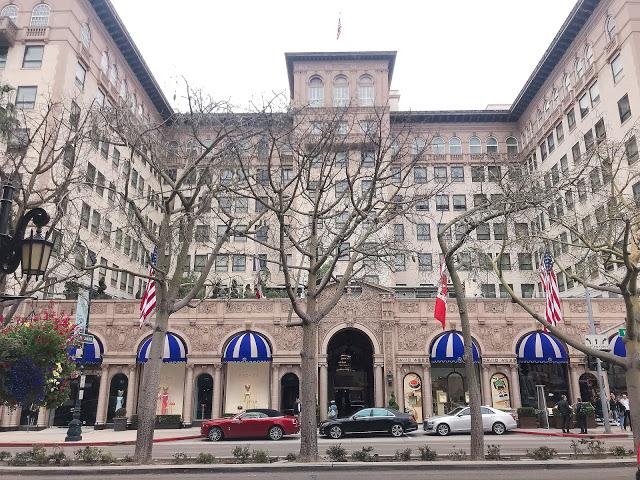 ビバリー・ウィルシャー・ホテル(Beverly Wilshire Hotel)正面