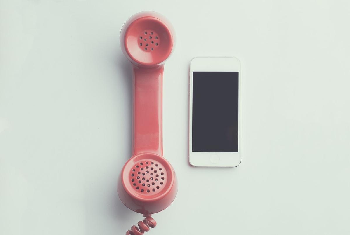 電話とスマートフォン