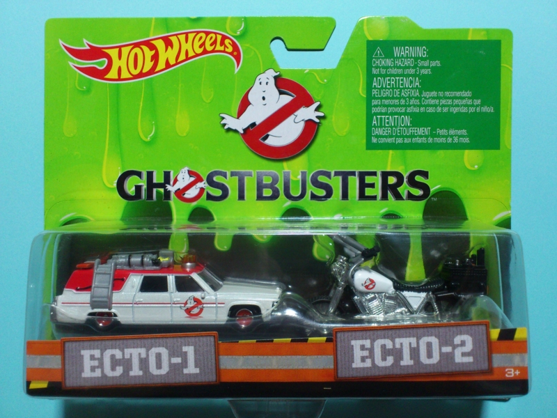 ECTO-1 AND ECTO-2【2016 GHOSTBUSTERS】