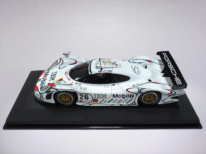PORSCHE 911 GT1 24H LE MANS 1998 WINNER
