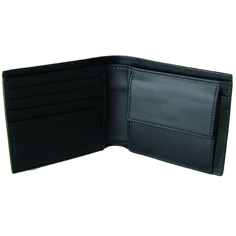 3b1d1a6be7ec ... 財布だと思います。 f:id:red_katsuo:20180813075631j:plain  f:id:red_katsuo:20180813075727j:plain